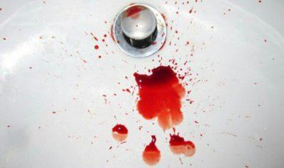 Кровь при опорожнении кишечника –причины проблемы у взрослых