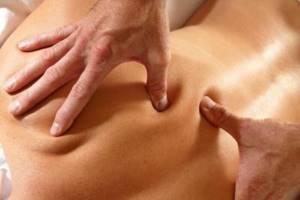 Точечный массаж при наличии геморроя